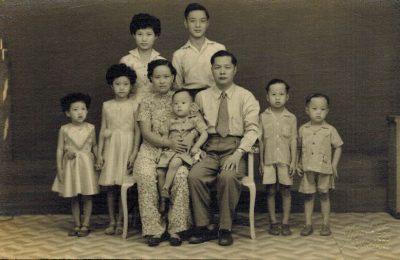杨柳江夫妇的全家福(1957)
